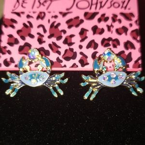 NWT BETSEY JOHNSON CRYSTAL BLUE CRAB EARRINGS